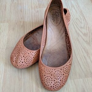 Clarks Indigo Tan Leather Perforated Cutout Flats